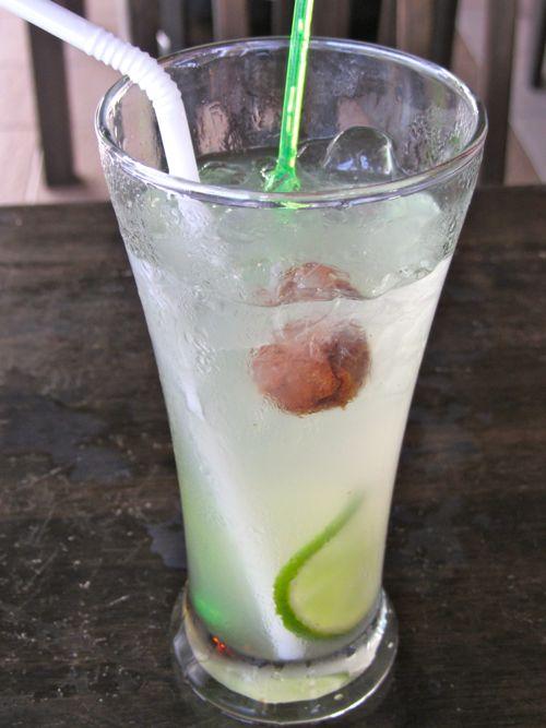 ett litet surt plommon i drinken!