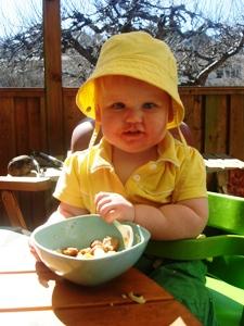 Det finns flera fördelar med att sitta ute och äta....
