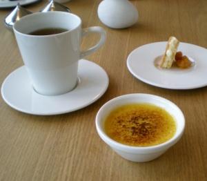 Cheesecake med hjortron & Passionfrukts crème brulée