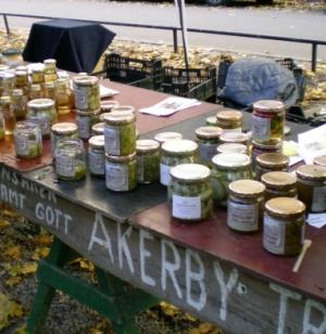 Inlagda grönsaker från Åkerby Handelsträdgård