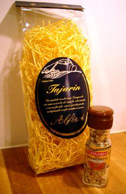 Pasta och kryddblandning med peppar, vitlök och peperoncino från www.risotto.nu