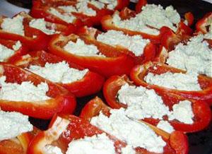 Fyllda paprikor - på väg in i ugnen