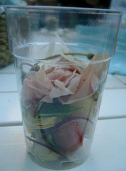 Sallad i plastglas