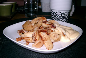 Ugnsbakade äpplen med nötter och kanel