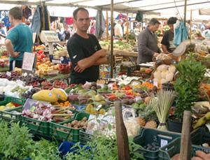 Matmarknad på Campo de´ Fiori