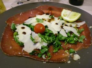 Bresaola, rucola, parmesan och balsamico