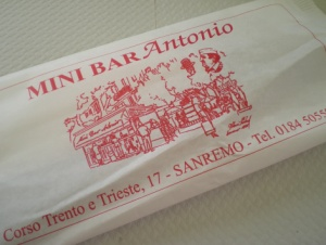 Mini Bar Antonio