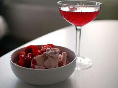 Jordgubbar x 3 till dessert