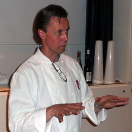 Jonas Borssén föreläste om vin, grillat och BBQ